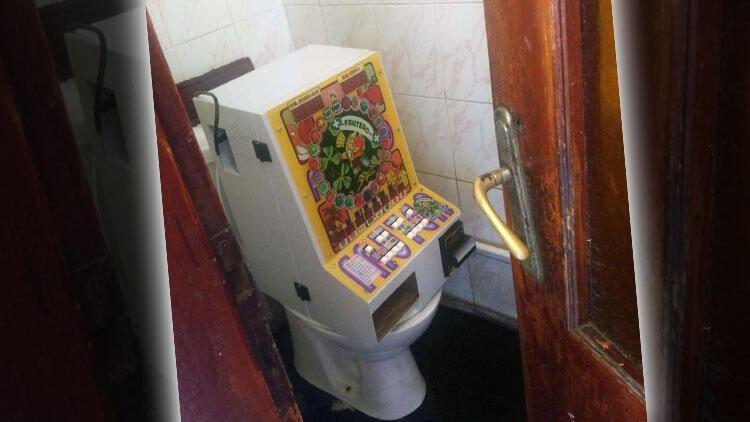 Edirne'de şok görüntü! Tuvalete monte edilmiş çalışır durumda...