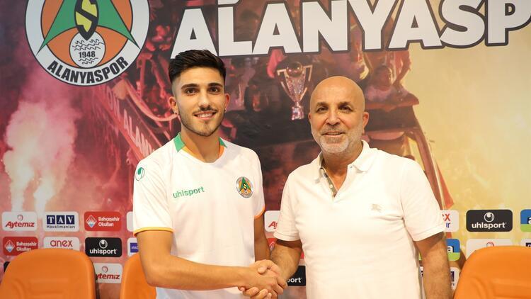 Umut Güneş, Alanyaspor'da! | Transfer haberleri...