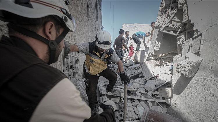 İdlib'e yoğun hava saldırıları: 10 kişi hayatını kaybetti