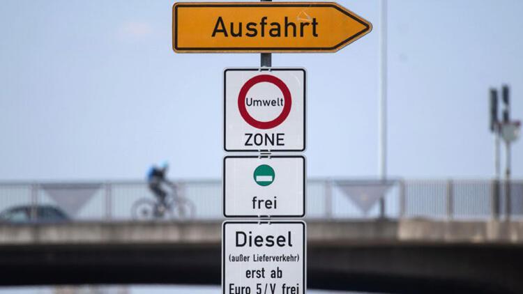 Berlin'de bu caddelere dikkat! Yasak başlıyor