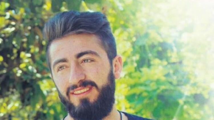 Kız arkadaşıyla fotoğrafını Facebook'a yükleyince öldürüldü