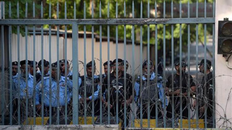 Cammu Keşmir Kontrol Hattı'nda bir Pakistan askeri öldü