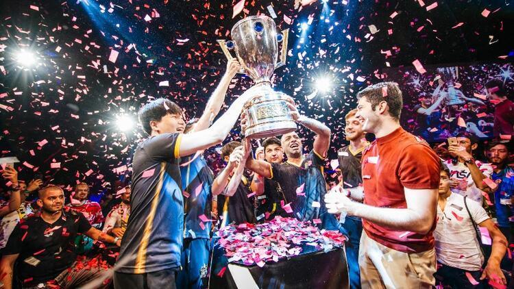 Türkiye Büyük Finali'nde şampiyon Royal Youth