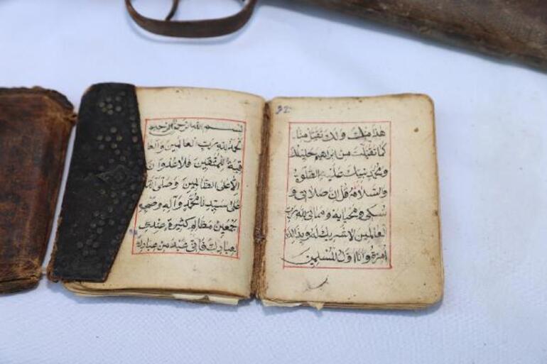 Operasyonda 1000 yıllık el yazması Kuran bulundu