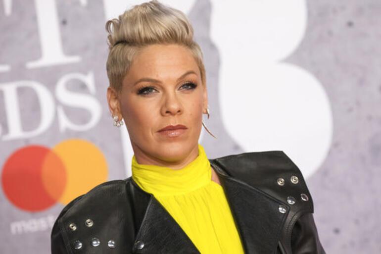 ABDli şarkıcı Pinkin özel jeti yandı