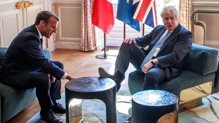 İngiltere'nin yeni Başbakanı Johnsondan dikkat çeken hareket
