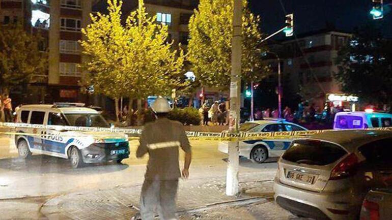 Park halindeki kamyona çarptı: 2 ölü, 4 yaralı