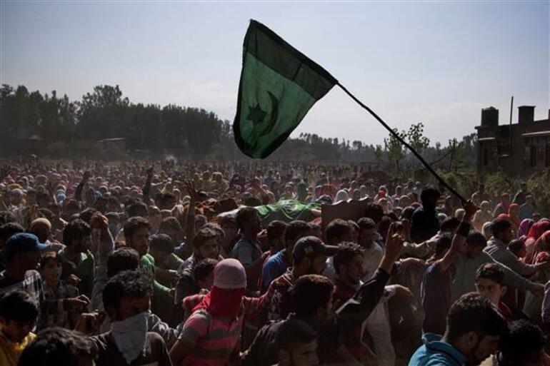 Pakistan Cumhurbaşkanı: Hindistan Keşmirde ateşle oynuyor