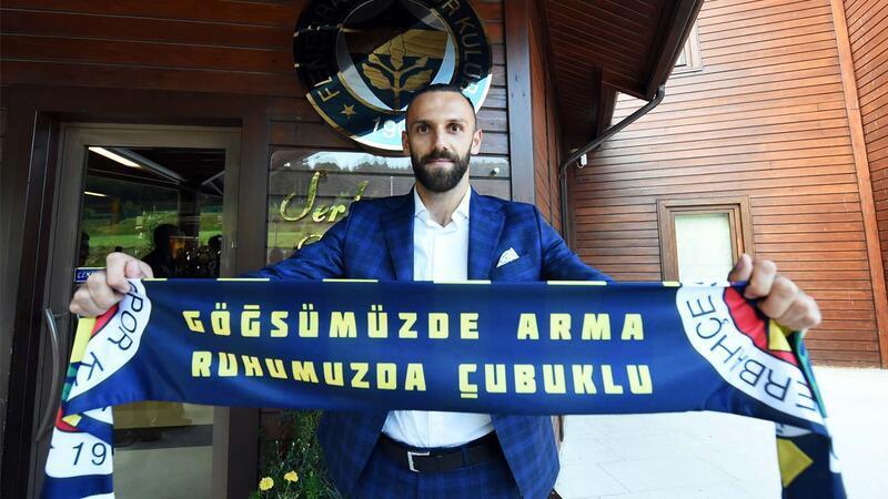 Fenerbahçe'de Vedat Muriqi kampa katıldı
