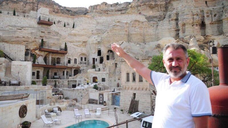 Kapadokya'da doğal kayalığa yapılan asansör, kaldırıldı