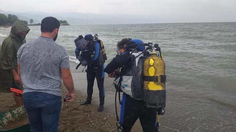 İznik Gölü'nde tarihi mermer blok bulundu