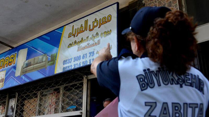 Mersin'de Arapça tabelalar Türkçeleşiyor
