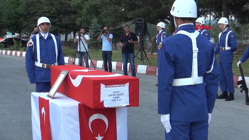 Bitlis'te Binbaşı EYP'li saldırıda şehit oldu