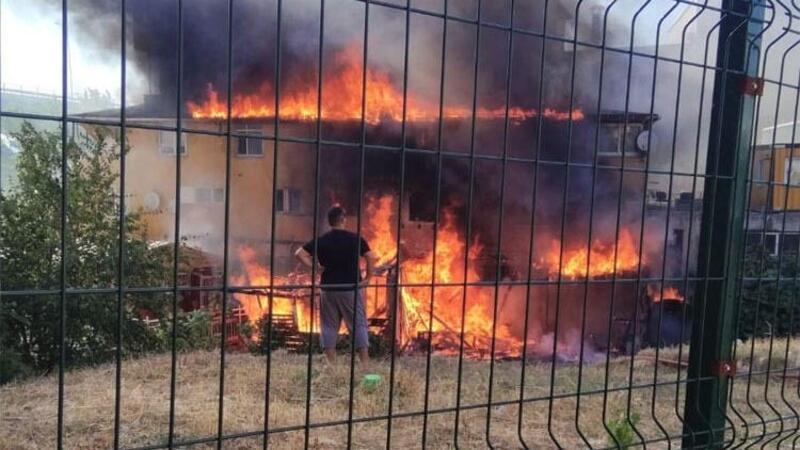 Pendik'te korkutan yangın
