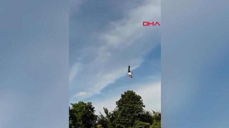 Bungee Jumping yaparken neredeyse ölüyordu