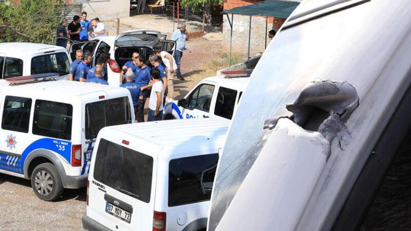 Antalya'da iki grup, hastane önünde birbirine ateş etti