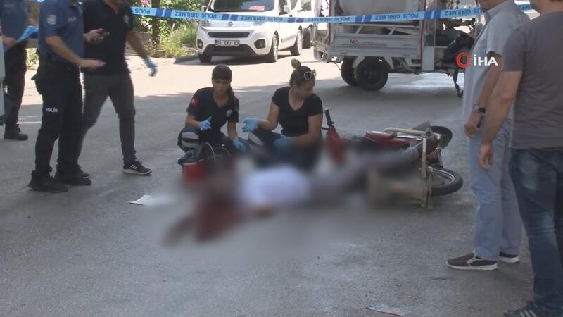 Adana'da 3 kişi tabancayla öldürüldü