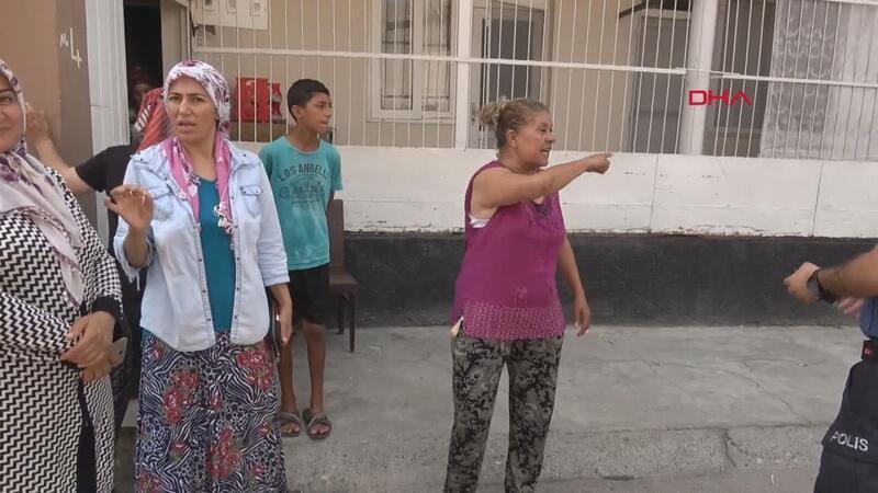 Kadınlar, 80 yaşındaki taciz zanlısını yakalayıp, polise teslim etti